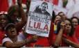 Manifestantes em ato pró-Lula em São Paulo