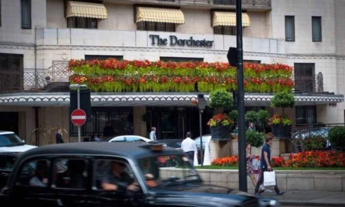 Fachada do Dorchester, o hotel de luxo em londres onde a festa anual é realizada Foto: Divulgação/Mat Siems