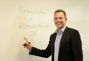 Professor da FGV diz que graduação deixa lacuna Foto: Brenno Carvalho / Agência O Globo