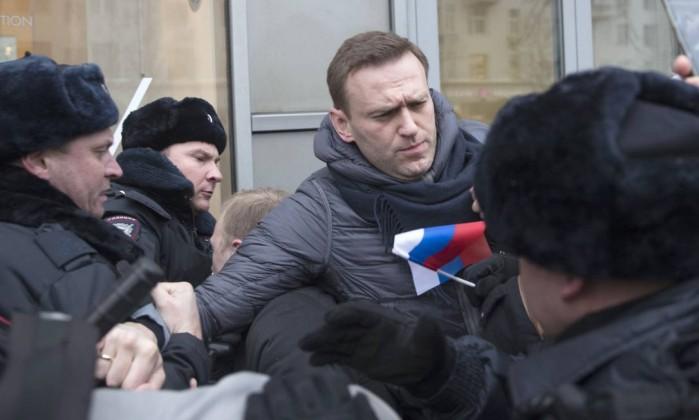 Principal opositor de Putin preso durante manifestação em Moscovo
