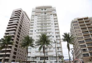 O apartamento tríplex do ex-presidente Lula na praia Asturias, no Guarujá Foto: Marcos Alves / Agência O Globo
