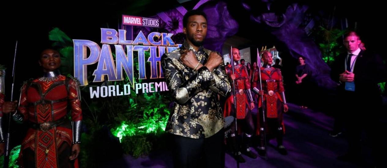 """Chadwick Boseman na """"première"""" do filme """"Pantera negra"""" Foto: MARIO ANZUONI / REUTERS"""