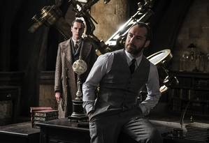 Jude Law como Dumbledore em 'Animais Fantásticos: Os Crimes de Grindelwald' Foto: Divulgação