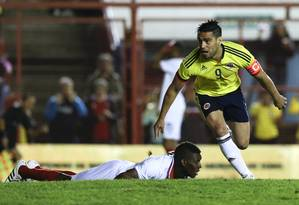 Falcao Garcia comemora gol em partida contra a Costa Rica Foto: Natacha Pisarenko