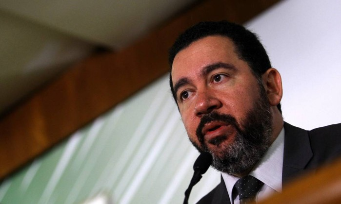 Governo anuncia bloqueio de R$ 16,2 bilhões no Orçamento de 2018