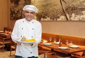 O chef Assis Costa: sete de seus oito irmãos também atuam na áreabrenno carvalho Foto: Brenno Carvalho / Agência O Globo