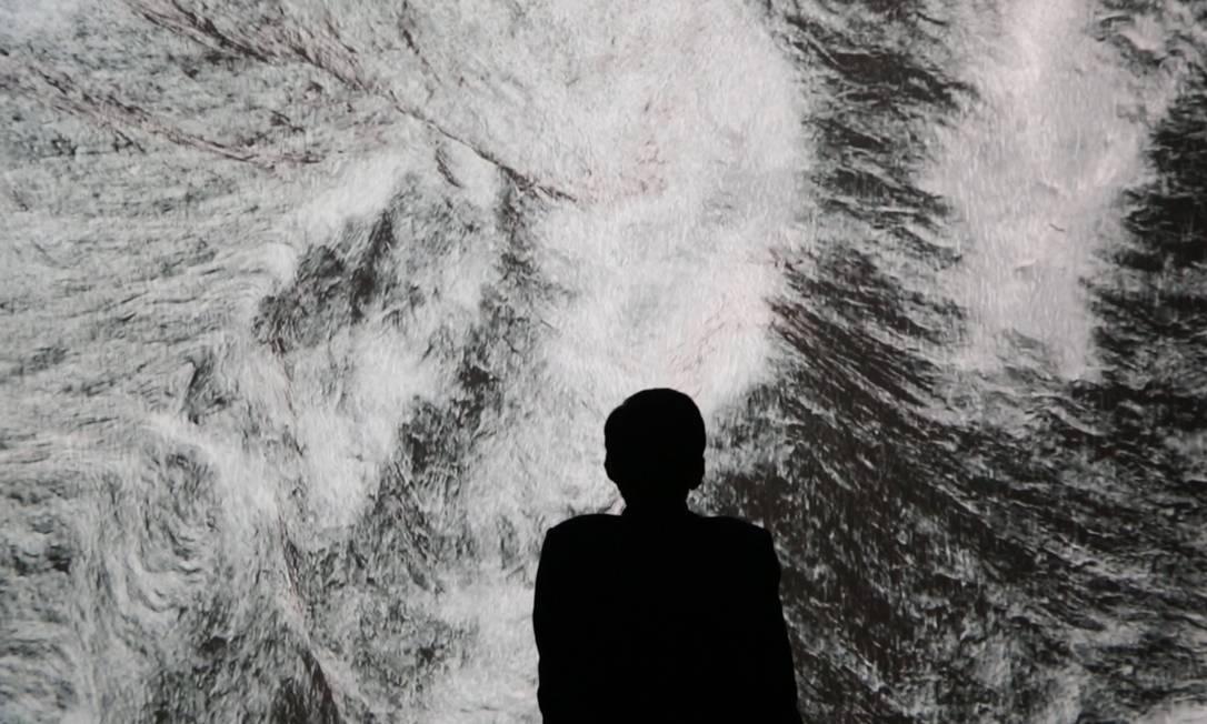 """Obra """"Black moves"""", da chinesa Carla Chan, está entre os trabalhos expostos na Bienal Foto: Divulgação"""