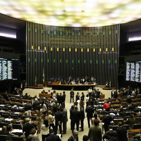 Plenário da Câmara: Congresso retoma trabalhos nesta semana Foto: Ailton de Freitas / O Globo