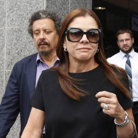 O casal de marqueteiros Monica Moura e João Santana Foto: Edilson Dantas / Agência O Globo/11-12-17