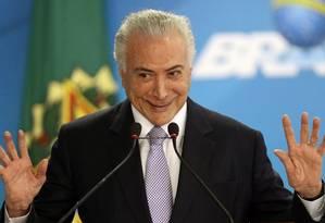 O presidente Michel Temer discursa em cerimônia no Palácio do Planalto Foto: Jorge William / Agência O Globo