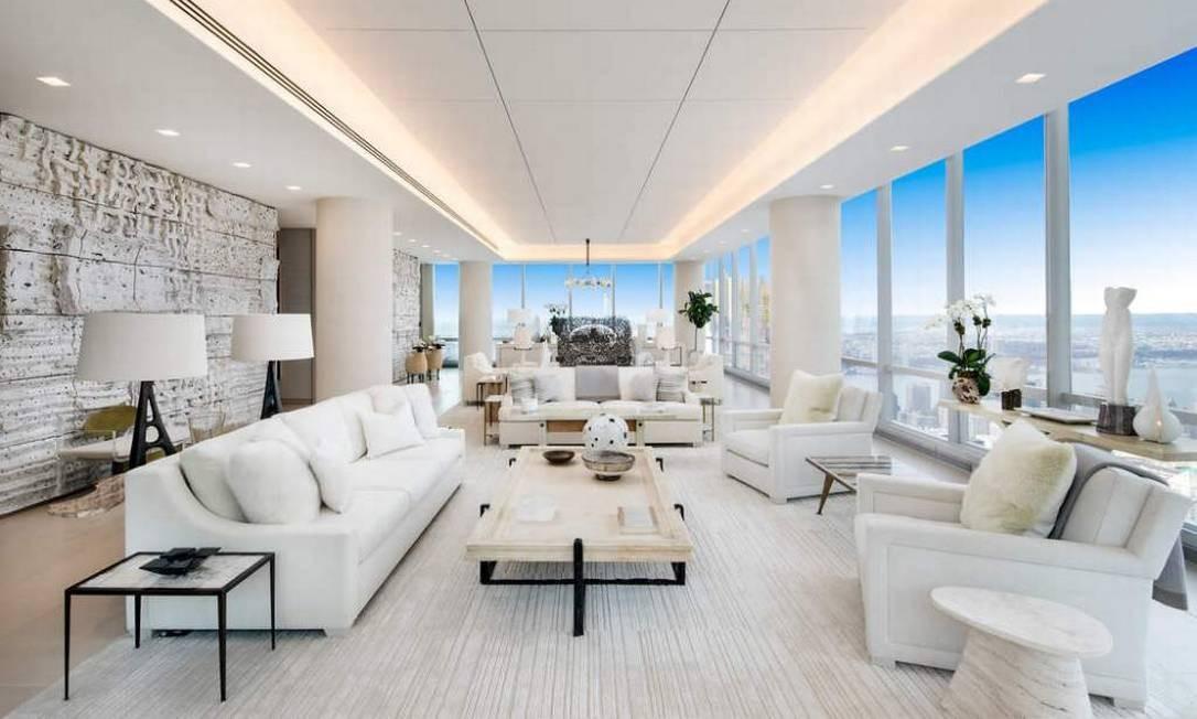 """O preço é de castelo, mas é """"apenas"""" um apartamento em Manhattan, que pertence ao investidor Lawrence Stroll, famoso por sua atuação no mercado da moda. A questão é que ele quer se desfazer do imóvel. Se você tiver US$ 70 milhões (cerca de R$ 225 milhões), quem sabe ele pode ser seu? Foto: Divulgação / Sotheby's International Realty"""
