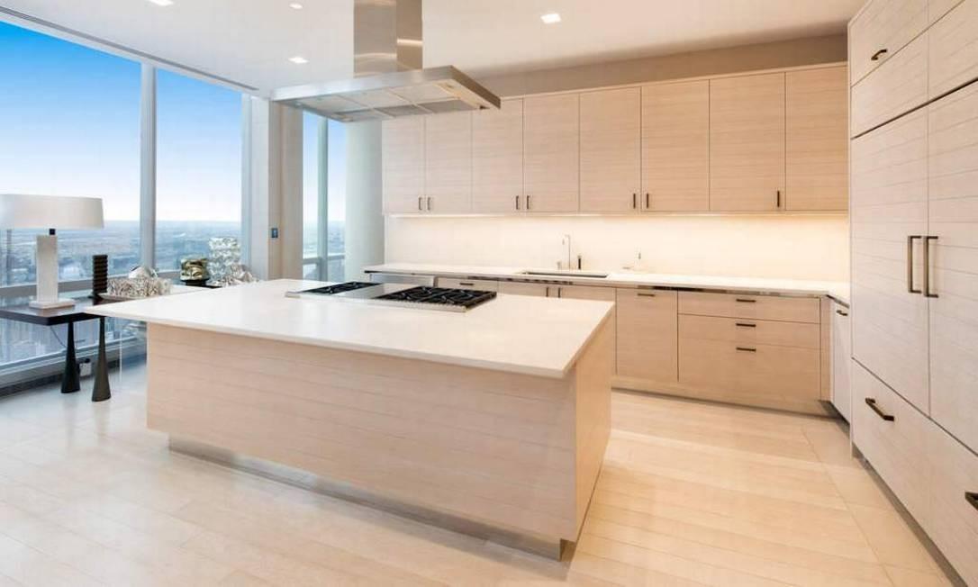 O apartamento ocupa um andar inteiro do prédio e tem uma vista incrível para o Central Park Foto: Divulgação / Sotheby's International Realty