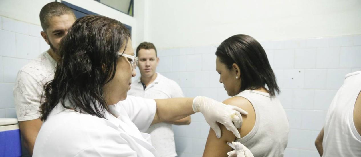 Vacinação contra a febre amarela Foto: Gabriel de Paiva - 16/01/2018 / Agência O Globo