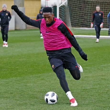 Mina tem tido pouco tempo de jogo no Barcelona Foto: Miguel Ruiz/FCB