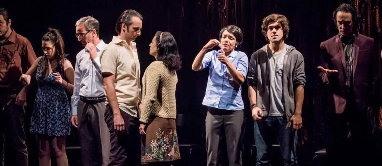 Cena da peça 'Pressa', dirigida por João Fonseca Foto: Divulgação