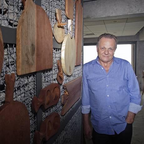 O empresário Jair Coser celebra a abertura da casa, que marca seu retorno às churrascarias Foto: Luiz Ackermann / Agência O Globo