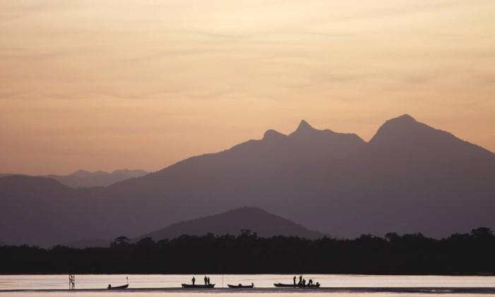 Pôr do sol em Guaratuba, litoral do Paraná Foto: Marcio Nel Cimatti / Divulgação