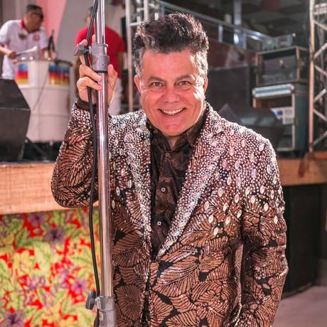 O carnavalesco Milton Cunha é o mestre de cerimônias Foto: Alex Nunes / Divulgação/Alex Nunes