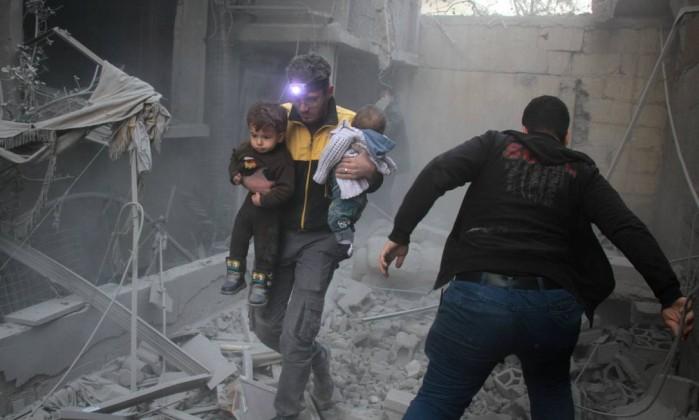 ONU abre inquérito a alegados ataques químicos do regime — Síria