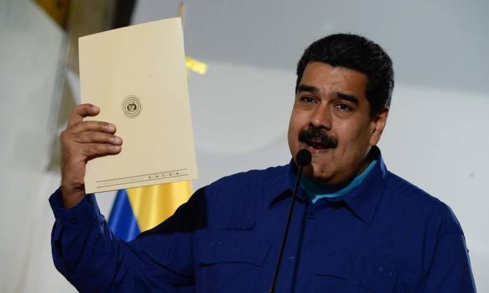 Resultado de imagem para Venezuela marca eleição presidencial para 22 de abril após fracasso de conversas com oposição