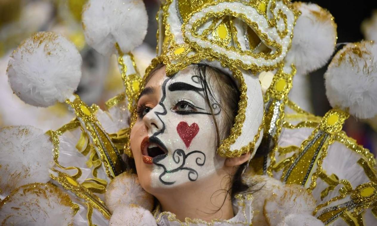 Maquiagem impecável na Rosas de Ouro Foto: AFP