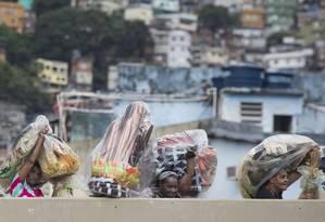 A Acadêmicos da Rocinha teve problemas de atraso devido a onda de violência na favelatest Foto: Ana Branco / Agência O Globo