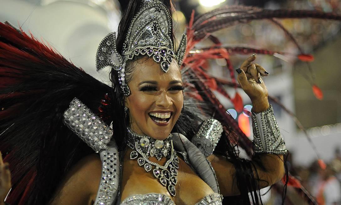 Destaques desfilaram pelo Império Serrano Foto: Lucas Tavares / Agência O Globo