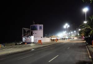 Segundo testemunhas, tumulto teria ocorrido próximo ao posto 8 da orla de Ipanema Foto: Paulo Nicolella / Agência O Globo