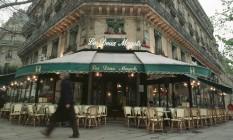 "Fachada do café ""Les Deux Magots"", em Paris Foto: Adilson Felix / Agência O Globo"