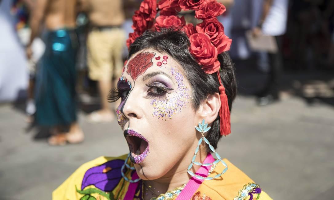 No carnaval da utopia do Boitatá, as bocas ficaram ainda mais cintilantes com o glitter Ana Branco / Agência O Globo