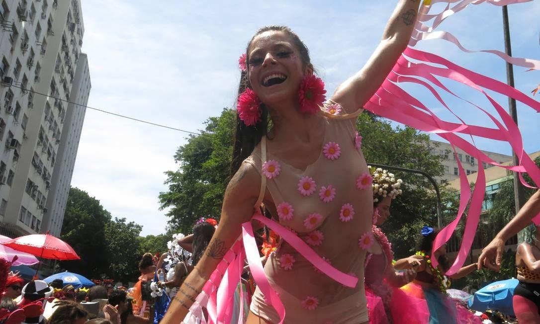A luta feminista ganha novas cores, referências e tendências neste carnaval Foto: Felipe Grinberg / Felipe Grinberg