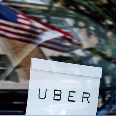 Companhia vai bloquear aplicativo de motoristas após 12 horas seguidas de trabalho Foto: Eduardo Munoz / Reuters