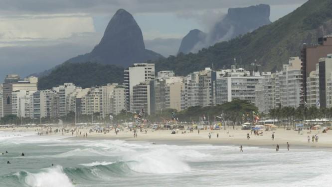 Zona Sul do Rio amanheceu a quarta-feira com tempo encoberto Foto: Gabriel de Paiva / Agência O Globo