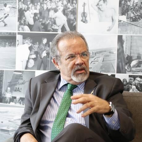 Ministro da Defesa Raul Jungmann considera 'inadmissíveis e lamentáveis' cenas de violência no carnaval do Rio Foto: Marcelo Carnaval / Agência O Globo