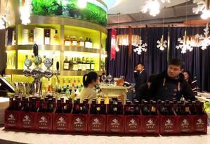Bar da cerveja artesanal Boxing Car, em Xangai Foto: Reprodução do Facebook