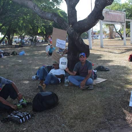 Venezuelanos acampados em Boa Vista, capital de Roraima Foto: Agência O Globo