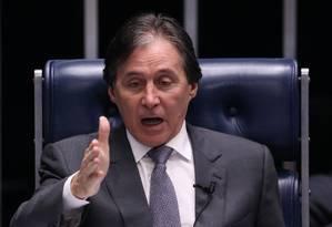 O presidente do Senado e um dos caciques do PMDB, Eunício Oliveira Foto: Ailton de Freitas / Agência O Globo