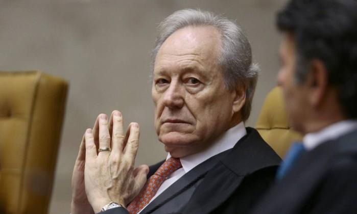 Defesa de Lula pede que Fachin leve habeas corpus para julgamento