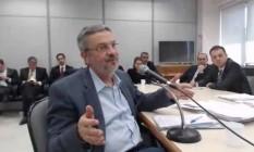 Antonio Palocci, preso na Lava-Jato, durante depoimento ao juiz Sérgio Moro Foto: Reprodução