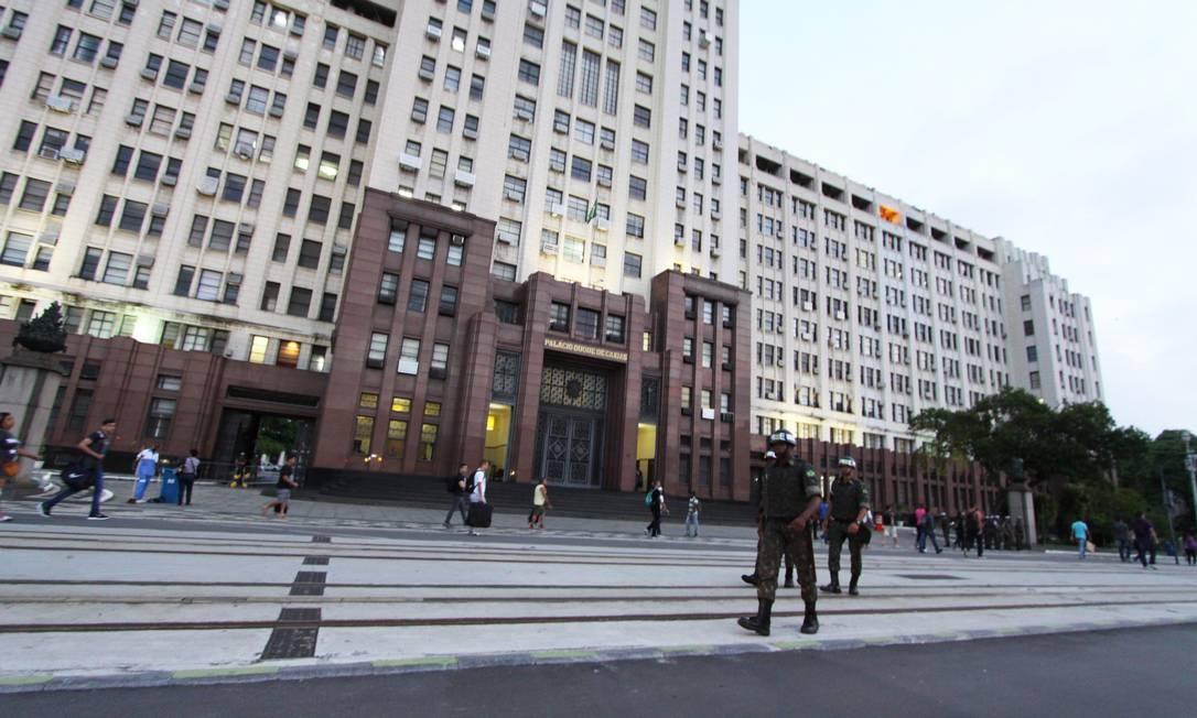 A fachada do Comando Militar do Leste Foto: Paulo Nicolella / Agência O Globo