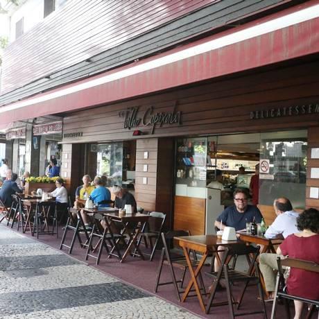 Restaurantes são parte do setor de serviços. Foto Fabiano Rocha / Agência O Globo