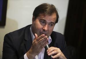 O presidente da Câmara dos Deputados, Rodrigo Maia, durante entrevista coletiva Foto: Ailton Freitas / Agência O Globo