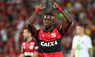 Vinícius Júnior é o símbolo atual do trabalho de base feito no Flamengo Foto: Gilvan de Souza / Agência O Globo