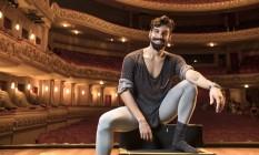 O bailarino Bruno Fernandes ingressou no Teatro Municipal há 18 anos Foto: Ana Branco / Agência O Globo