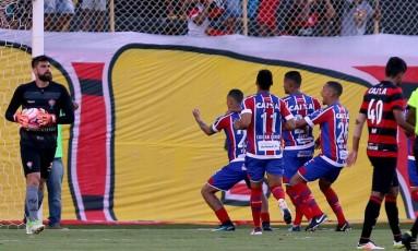 Vinicius dançou direcionado para a torcida do Vitória Foto: Felipe Oliveira/ Bahia