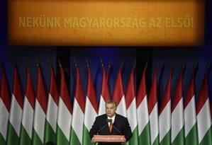 O primeiro-ministro da Hungria, Viktor Orbán, faz pronunciamento em Budapeste: