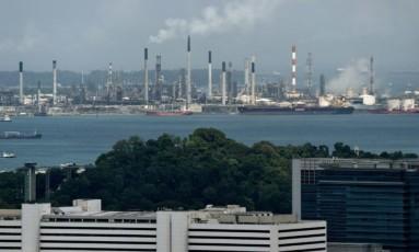Centro industrial em Cingapura Foto: AFP