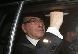 O ex-presidente da Câmara dos Deputado Eduardo Cunha deixa a Justiça Federal após prestar depoimento Foto: Ailton de Freitas/Agência O Globo/27-10-2017
