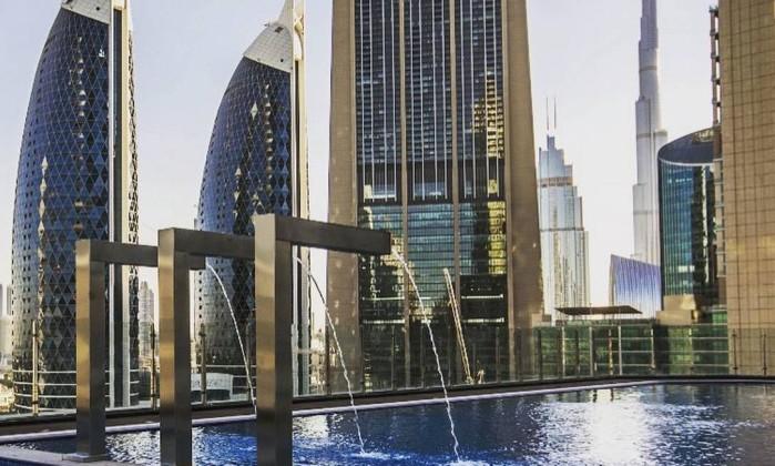 Com 75 andares e 356 metros novo hotel em dubai o mais for Hotel em dubai
