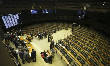 Plenário da Câmara para votação do decreto de intervenção no Rio de Janeiro Foto: Ailton Freitas / Agência O Globo